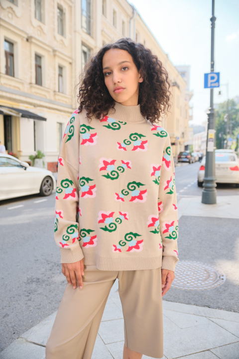 Beige Sweater with a bright floral print