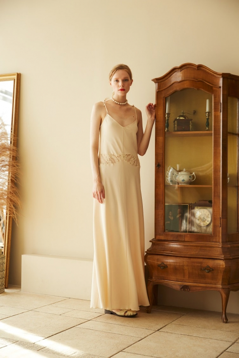 Maxi combination with lace inserts